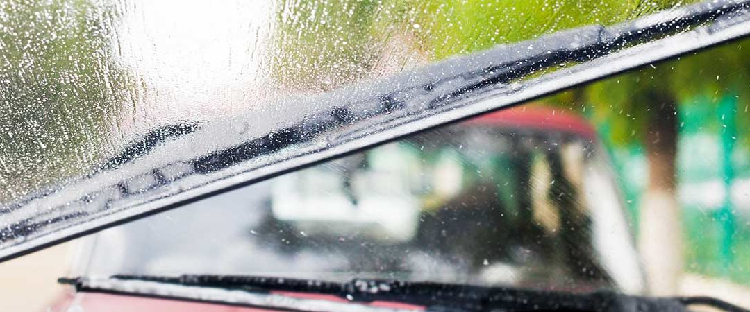 Six Reasons You Need New Windscreen Wipers